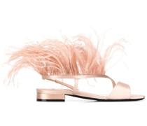 Sandalen mit Kunstfedern