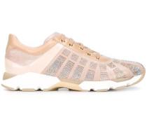 Sneakers mit Strassverzierung