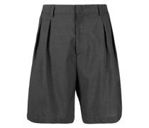 Knielange Shorts mit Bundfalten