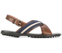Sandalen mit gekreuzten Riemen - men