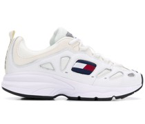 Sneakers mit Plateau