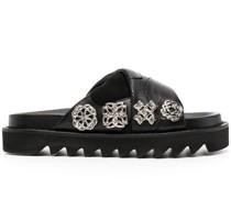 Sandalen mit klobiger Sohle