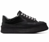 Sneakers mit geriffelter Flatform-Sohle