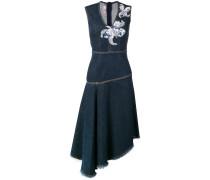 Jeanskleid mit Blumen-Patches