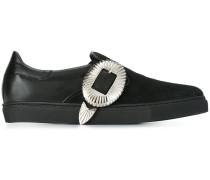Slip-On-Sneakers mit Schnalle