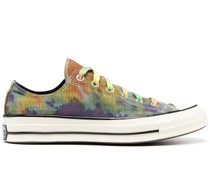 Sneakers mit Batik-Print