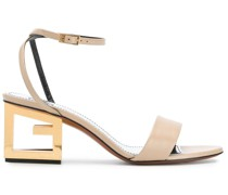 Sandalen mit G-Absatz
