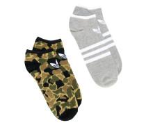 Zwei Paar Socken mit Logo