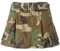 - Cargo-Shorts mit Camouflage-Print - women