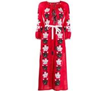 Kleid mit Blattstickereien