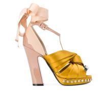 Satin-Sandalen mit Knotendetail