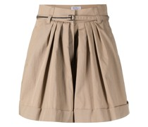 Ausgestellte Shorts mit Falten