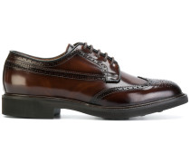 varnished lace-up shoes