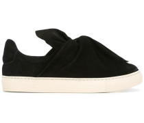 Slip-On-Sneakers mit Knotendetail
