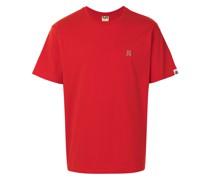 A BATHING APE® T-Shirt mit aufgesticktem Hai