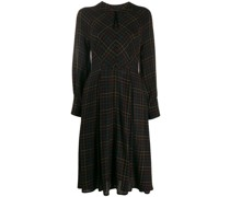 Schmales Kleid mit Volants