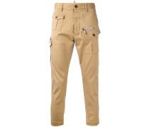 Hose mit aufgesetzten Taschen