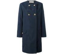 Doppelreihiger Mantel ohne Kragen