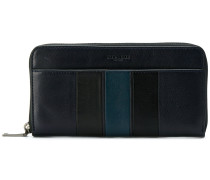 contrast zip around wallet