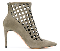 Ankle-Boots mit Laser-Cuts