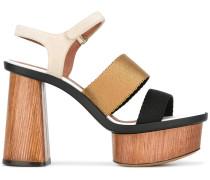 Sandalen mit Plateusohle