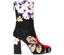Florale Stiefel mit versteckter Plateausohle