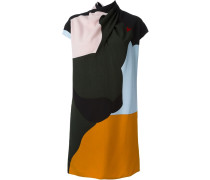 Kleid mit Wickelkragen