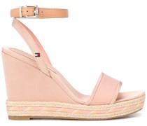 Wedge-Sandalen mit Knöchelriemen