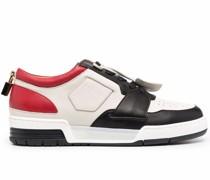 Sneakers mit Schlossdetail