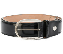 curved buckle belt