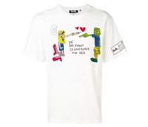 'He She Knows' T-Shirt