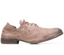 Schnürschuhe aus weichem Leder