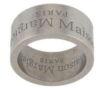 Ring mit Logo-Gravur