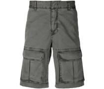 Ausgeblichene Cargo-Shorts