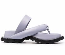 Sandalen mit gepolstertem Riemen