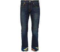 Jeans mit aufgeschlagenem Saum