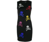 Kleid mit Totenkopf-Verzierung