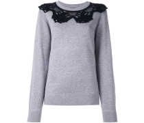 Pullover mit Häkelbesatz