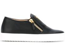 Slip-On-Sneakers mit Reißverschlüssen - women