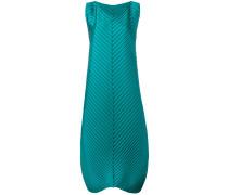 Plissiertes Kleid mit langem Schnitt
