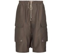 Cargo-Shorts mit tiefem Schnitt