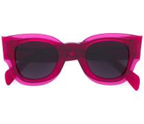 Sonnenbrille mit breiten Bügeln