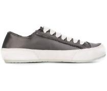 Geschnürte Sneakers
