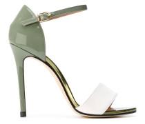 Stiletto-Sandalen aus Lackleder