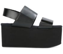 Flatform-Sandalen mit Klettverschluss