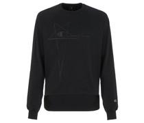 x Champion Sweatshirt