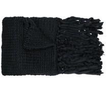 Gestrickter Schal mit Fransen