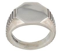 Gerippter Ring