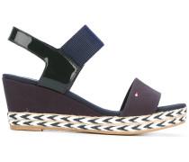 Wedge-Sandalen mit Kontrastsohle