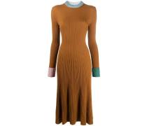 Gerippter Pulloverkleid
